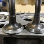 Как проверить герметичность клапанов после притирки?
