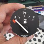 Как избавиться от глюков датчика уровня топлива?