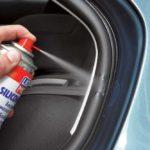 Побрызгайте эти 5 мест автомобиля силиконовой смазкой