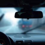 Потеют стекла в машине зимой. Как решить проблему?