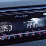 Почему в машине не играет музыка с флешки?